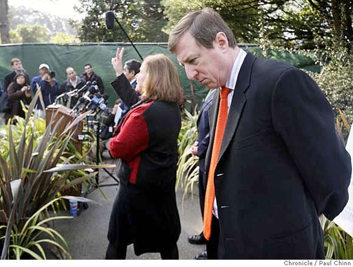 Public relations expert Sam Singer listens to zoo officials reveal details about security upgrades planned for the tiger exhibits at a news conference in San Francisco, Calif. on Wednesday, Jan. 2, 2008. Management brought in Singer to handle the zoo's public relations crisis after Siberian tiger Tatiana escaped from her enclosure, killed one visitor and injured two others on Christmas Day. PAUL CHINN/The Chronicle **Sam Singer MANDATORY CREDIT FOR PHOTOGRAPHER AND S.F. CHRONICLE/NO SALES - MAGS OUT