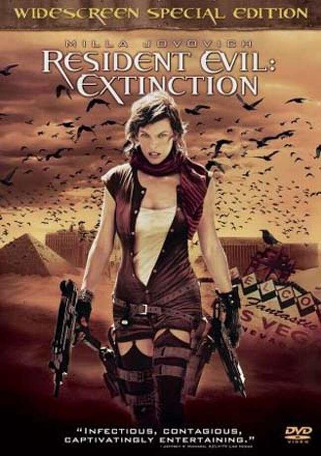 DVD cover of Resident Evil: Extinction Photo: HO