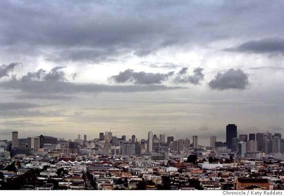 WEATHER  Clouds move in over San Francisco. Rain is about to hit the Bay Area. These pictures were made on Monday Dec. 17, 2007, in San Francisco CA. KATY RADDATZ/The Chronicle Photo: KATY RADDATZ