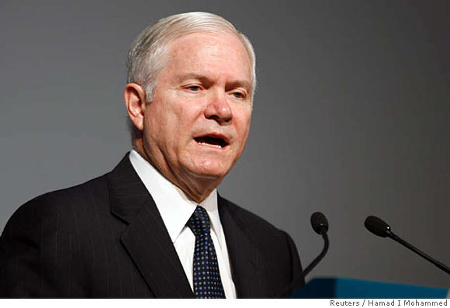 US Secretry of Defense Robert Gates speaks at the 4th IISS Regional Security Summit, in Manama, December 8, 2007. REUTERS/Hamad I Mohammed (BAHRAIN) Photo: HAMAD I MOHAMMED