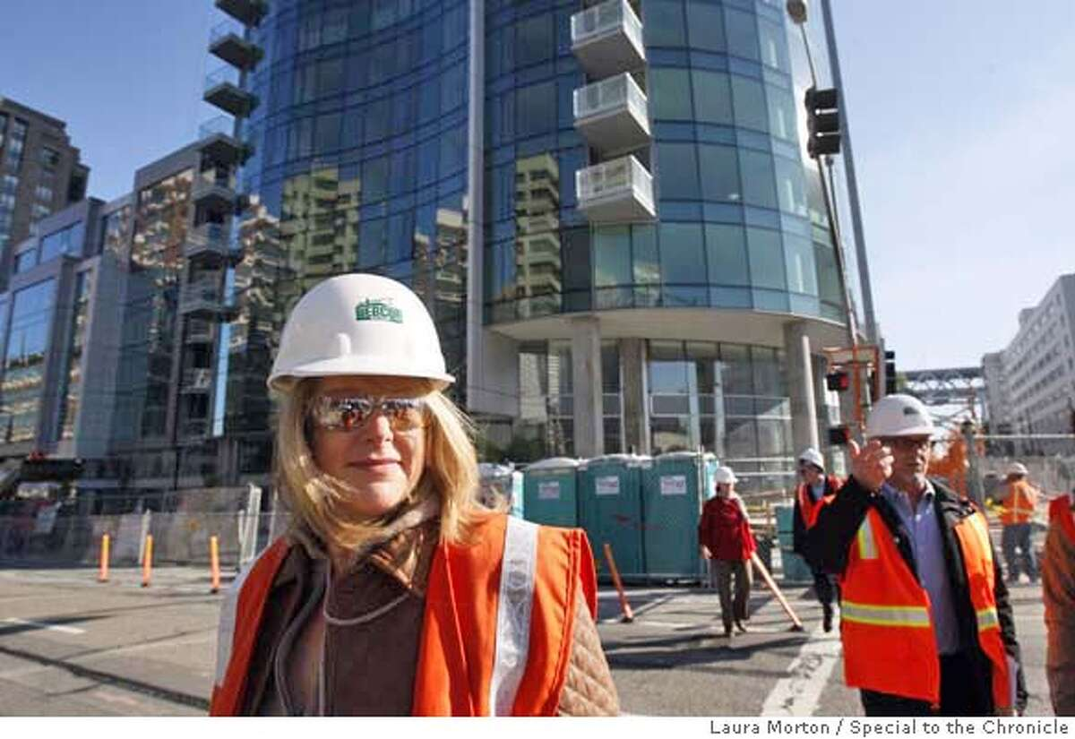 RESTAURANTTREND16_0447_LKM.jpg Chef Nancy Oakes leaves the construction site of The Infinity condominium complex where she is in the process of building a new restaurant. Oakes part of a trend of top chefs in San Francisco opening restaurants in the newest condominium complexes. (Laura Morton/Special to the Chronicle) ***Nancy Oakes Ran on: 12-19-2007 Chef Gary Danko stands at Ghirardelli Square, where he plans to open a restaurant connected with the Fairmont Heritage vacation condominiums. Ran on: 12-19-2007 Chef Gary Danko stands at Ghirardelli Square, where he plans to open a restaurant connected with the Fairmont Heritage vacation condominiums.
