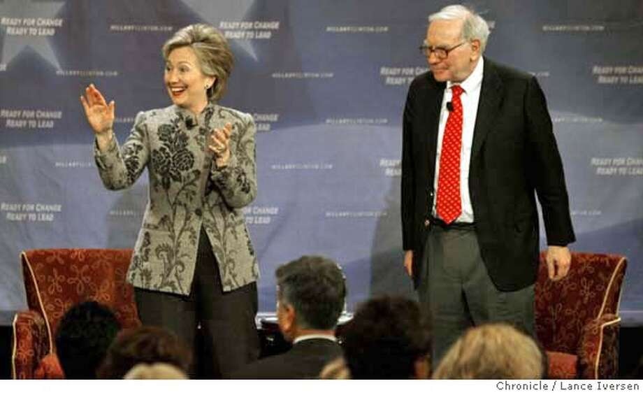 HILLARY1191451.JPG  Senator and presidential hopeful Hillary Clinton held a public discussion with Bay Area billionaire financier Warren Buffett, at a $2,500-dollar sack luncheon in San Francisco Tuesday. Lance Iversen/San Francisco Chronicle (cq) SUBJECT 12/09/07,in SAN FRANCISCO Ca. MANDATORY CREDIT PHOTOG AND SAN FRANCISCO CHRONICLE/NO SALES MAGS OUT Photo: Lance Iversen