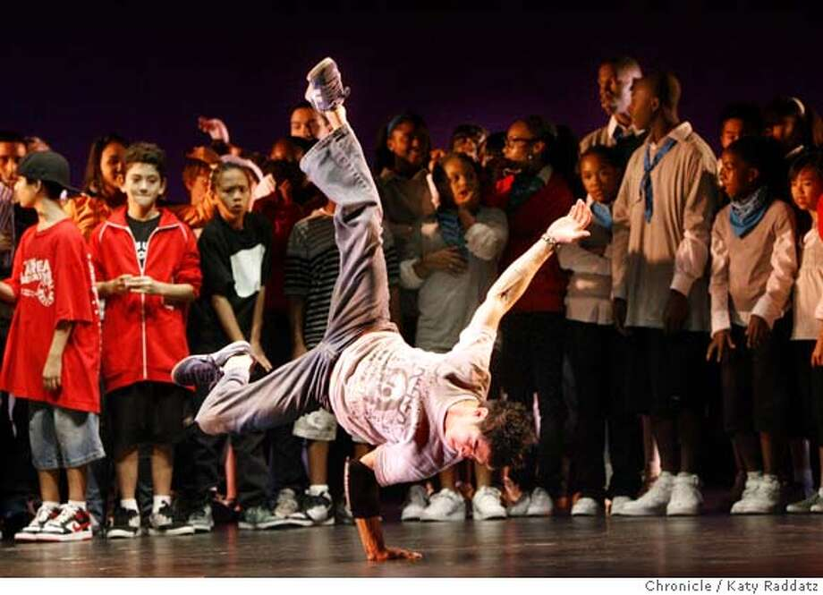 DANCEROUNDUP  Dancers from every group freestyling before the show formally begins. Hip Hop Dance Fest at the Palace of Fine arts Theater in San Francisco.  KATY RADDATZ/The Chronicle  Photo taken on 11/18/07, in San Francisco, CA, USA  Ran on: 11-20-2007  The Hip Hop Dance Fest opens long before the show &quo;officially&quo; begins, with the hip-hop hallmark: freestyling. Photo: KATY RADDATZ