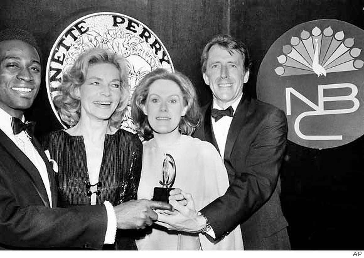 Tony winners, from left, Cleavon Little, Lauren Bacall, Tammy Grimes and Fritz Weaver pose at the 24th Annual Tony Awards ceremony at the Mark Hellinger Theatre in New York City, April 19, 1970. Little won best actor in a musical for