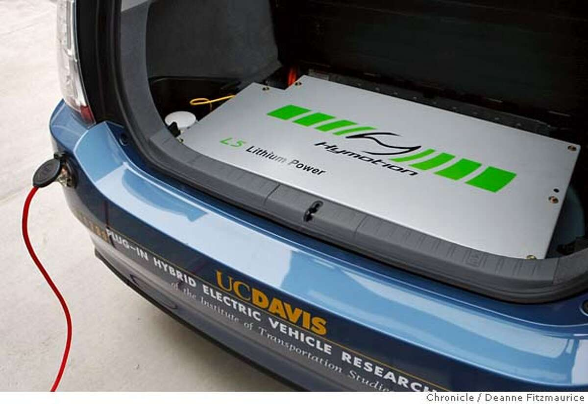 prius31_012_df.jpg This is the new battery in the back of the converted Prius. A new plug-in hybrid Prius was unveiled at UC Davis today which launches a program where 100 families in Northern California will be loaned one of 10 of these converted Toyota Priuses. Photographed in Davis on 10/30/07. Deanne Fitzmaurice / The Chronicle Mandatory credit for photographer and San Francisco Chronicle. No Sales/Magazines out.