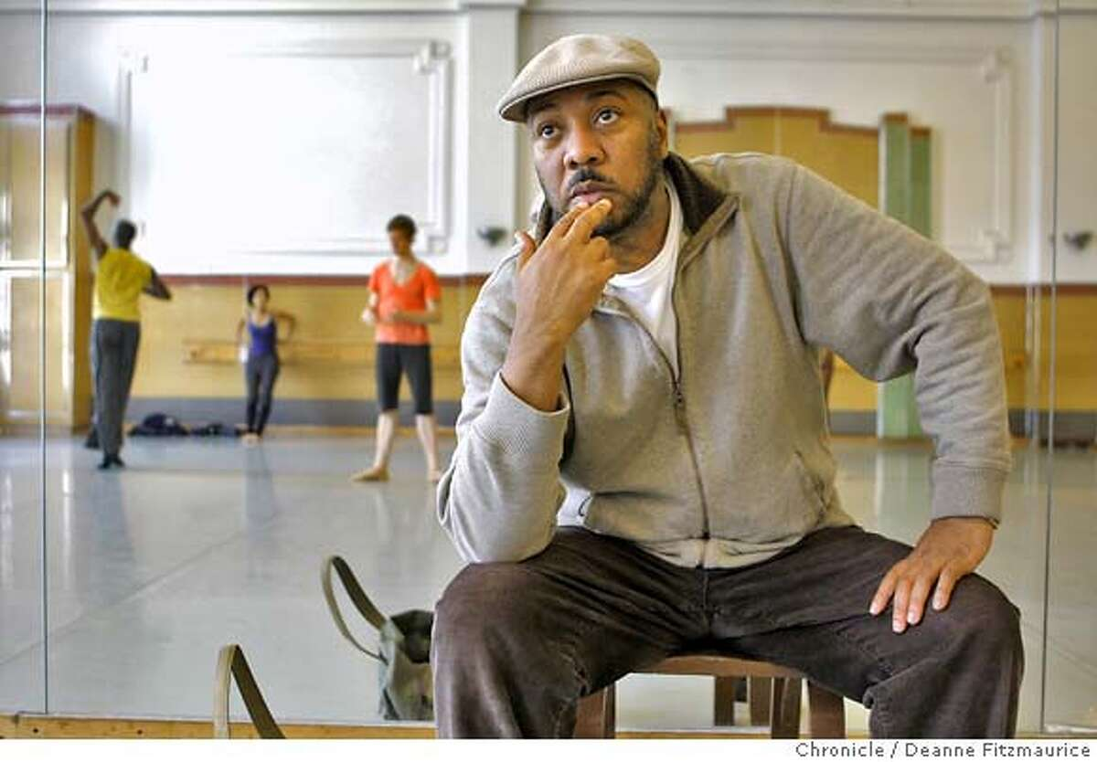 alonzoking_210_df.jpg Alonzo King is the director of the Alonzo King ballet who will be celebrating their 25th anniversary. they are rehearsing their Fall program. Photographed in San Francisco on 10/10/07. Deanne Fitzmaurice / The Chronicle Ran on: 10-28-2007 Alonzo King, founder and director of Lines Ballet, teaches his dancers physical and spiritual skills, and has been doing so for a quarter century.