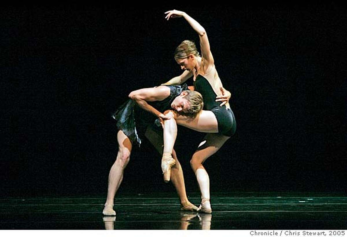 Event on 11/3/05 in San Francisco. Dress reherasal of Alonzo King's LINES Ballet world premier of George Frederic Handel at the Yerba Buena Center for the Arts Theater in San Francisco. Chris Stewart / The Chronicle