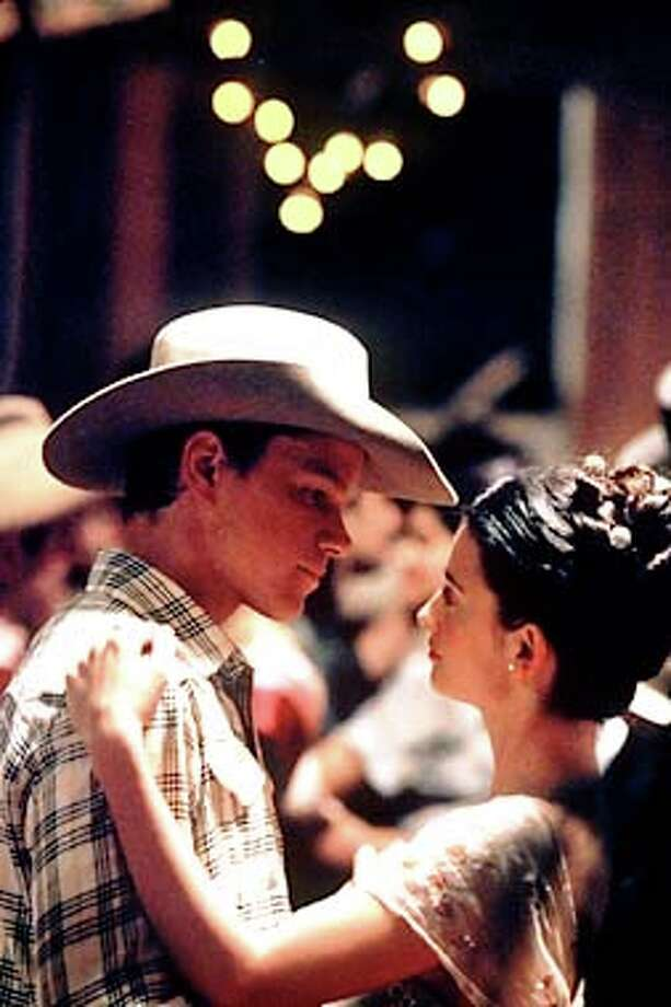 "Matt Damon, Penelope Cruz in ""All The Pretty Horses"""