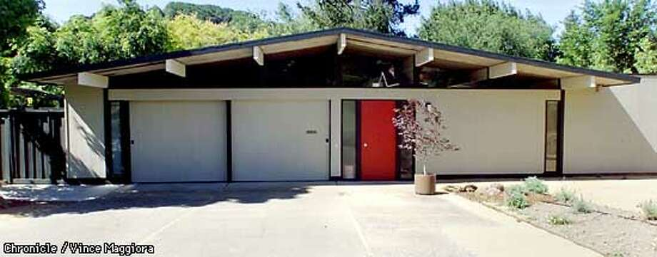 Frank LaHorgue's home has typical Eichler features. Chronicle photo by Vince Maggiora