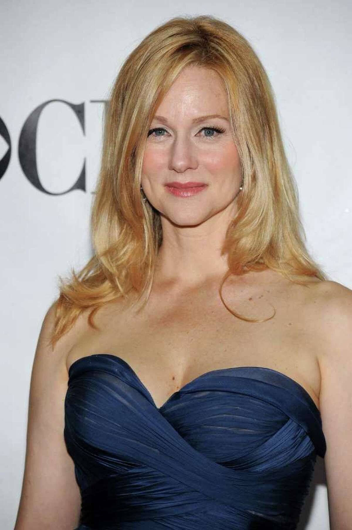 NEW YORK - JUNE 13: Actress Laura Linney attends the 64th Annual Tony Awards at Radio City Music Hall on June 13, 2010 in New York City. (Photo by Bryan Bedder/Getty Images)