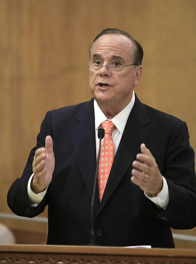 Bill Lockyer says his wife was trying to help an ex-boyfriend. Photo: Rich Pedroncelli, AP