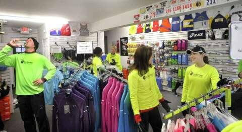 Brookfield running club grows - NewsTimes
