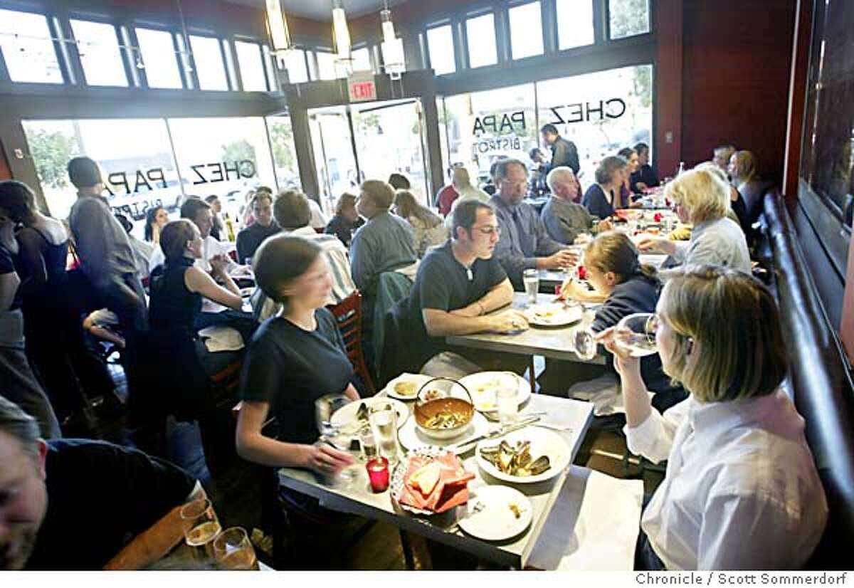 Chez Papa restaurant in Potrero Hill was packed only a month after it opened. (SF CHRONICLE PHOTO BY SCOTT SOMMERDORF)