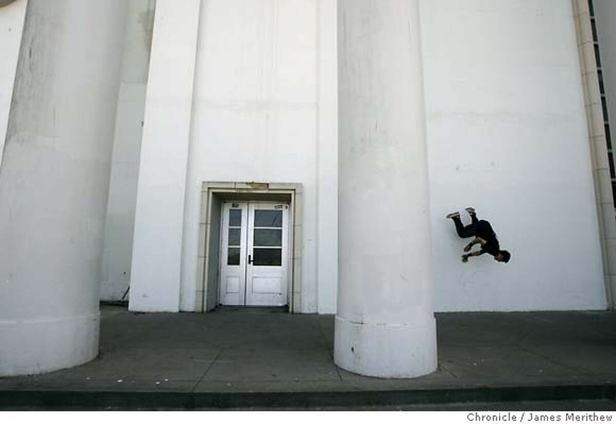 Andrey Pfening,17, practices his parkour at George Washington High School, San Francisco, CA. June 31, 2007. Jim Merithew/The Chronicle