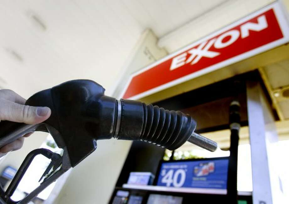Michigan's average gas prices rise 12 cents
