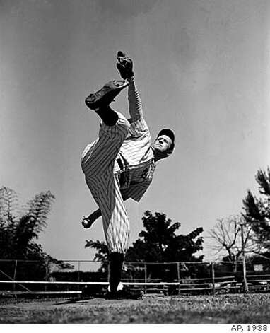 Lefty Gomez, ace left-hander of the New York Yankees, in a spring workout at St.Petersburg, Fla., March 6, 1938. (AP Photo)