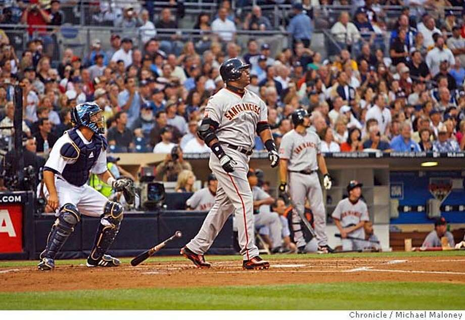 San Francisco Giants Barry Bonds hits homerun #755 in the 2nd inning. The San Diego Padres host the San Francisco Giants at Petco Park in San Diego on Saturday, August 4, 2007. Photo taken on 8/4/07 in San Diego, CA  Photo by Michael Maloney / San Francisco Chronicle  ***Roster/code replacement Photo: Michael Maloney