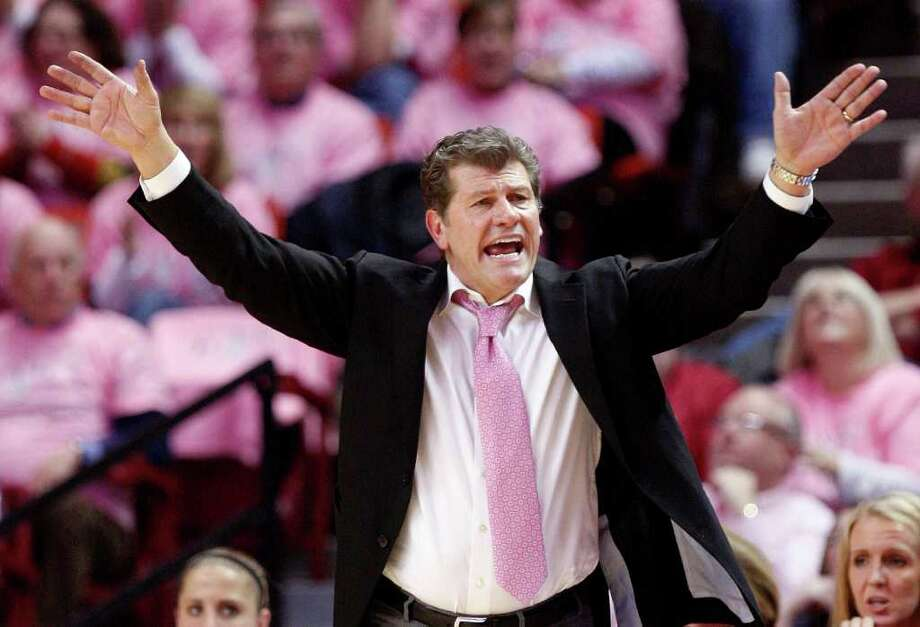 Connecticut head coach Geno Auriemma gestures during the second half of an NCAA college basketball game against Oklahoma in Norman, Okla., Monday, Feb. 13, 2012. Connecticut won 73-55. AP Photo/Sue Ogrocki) Photo: Sue Ogrocki, Associated Press / AP