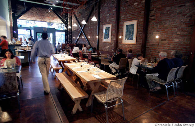 Review of the restaurant Sea Salt in Berkeley. John Storey Berkeley Event on 10/10/05 Photo: John Storey