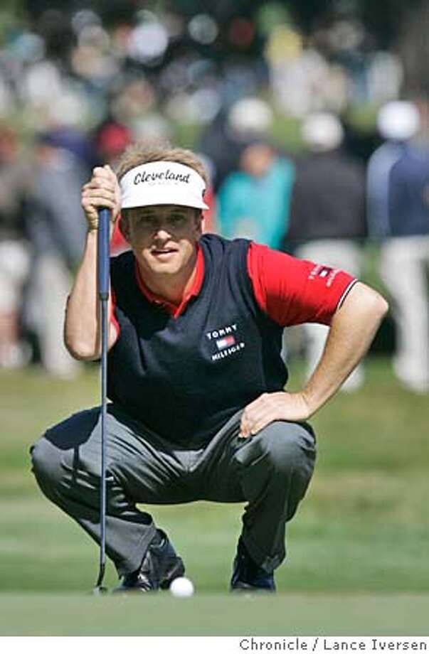 AMEXGOLF_1287  David Toms lines up a put on 7th green. The 3rd round of the American Express Championship got underway at San Francisco's Harding Park Thursday under sunny skies. By Lance Iversen/San Francisco Chronicle