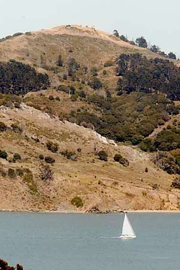 Construction crews at the top of Angel Island is being reshaped to its original shape. BY ERIC LUSE/THE CHRONICLE Photo: ERIC LUSE