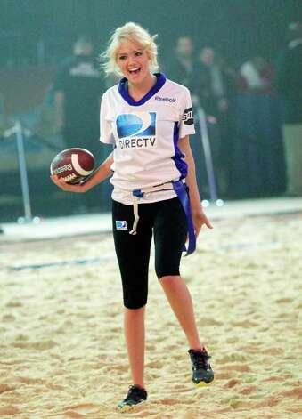 INDIANAPOLIS, IN - FEBRUARY 04:  Model Kate Upton of team Spike TV participates in DIRECTV's Sixth Annual Celebrity Beach Bowl Game at Victory Field on February 4, 2012 in Indianapolis, Indiana.  (Photo by Chris Trotman/Getty Images for DirecTV) Photo: Getty Images / 2010 Getty Images