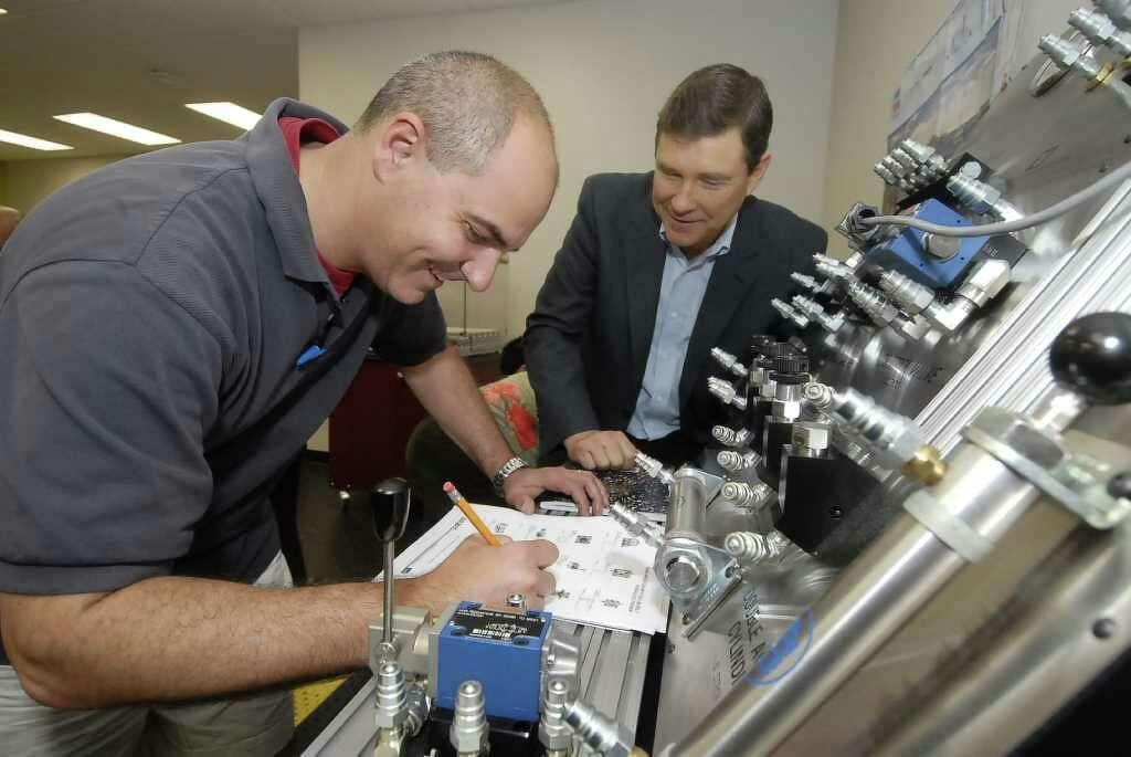 Program aims to engineer high-tech area jobs - Houston Chronicle
