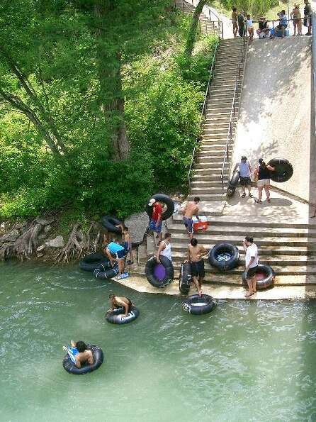 Tubers get into the Guadalupe. (Canyon Lake Chamber of Commerce)