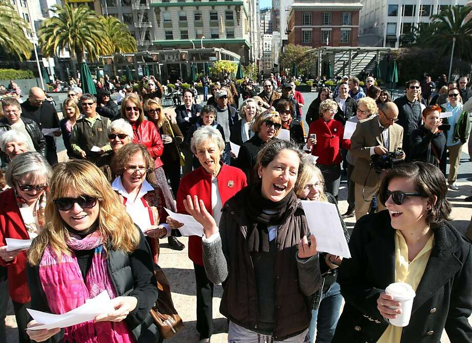 A large group celebrated the 50th anniversary of Tony Bennett's famous song; I left My Hart in San Francisco, by singing the cities adopted song at San FranciscoÕs Union Square Tuesday, February 14, 2012. Photo: Lance Iversen, The Chronicle