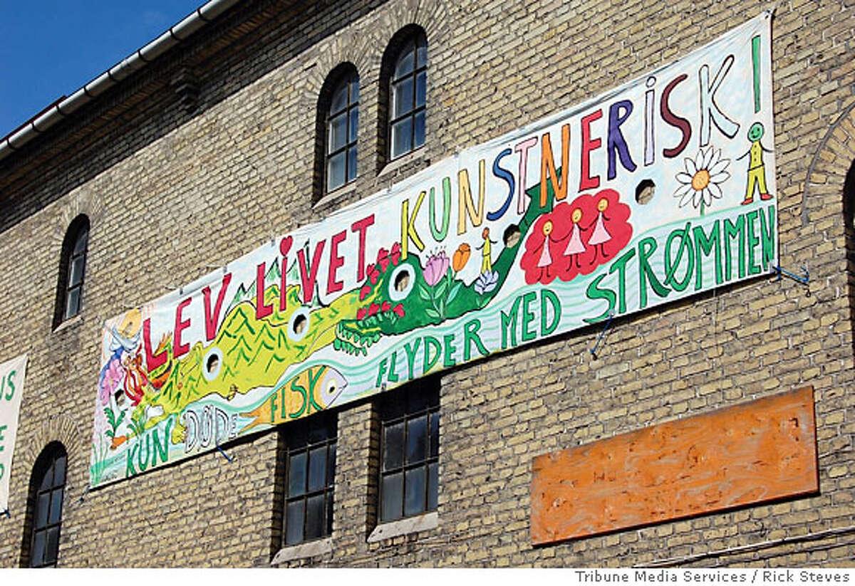TRAVEL STEVES -- Christiania�s motto: