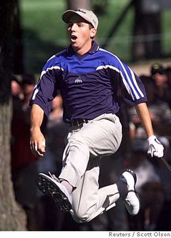 EDITORS PLEASE NOTE: THIS CORRECTS THE HOLE THAT ACTION TOOK PLACE ON: MED09D:SPORT-GOLF:MEDINAH,IL,15AUG99 - Spain's Sergio Garcia leaps in the air to see his shot after hitting from behind a tree on the 16th hole in the final of the PGA Championship at Medinah Country Club August 15. Garcia took second place in the tournament at 10-under with Tiger Woods winning at 11-under. rtw/Photo by Scott Olson REUTERS CAT Photo: SCOTT OLSON