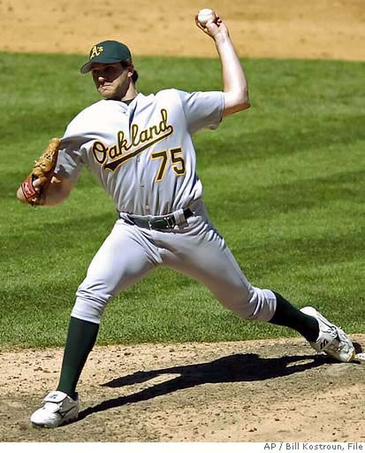 Barry Zito Photo: BILL KOSTROUN