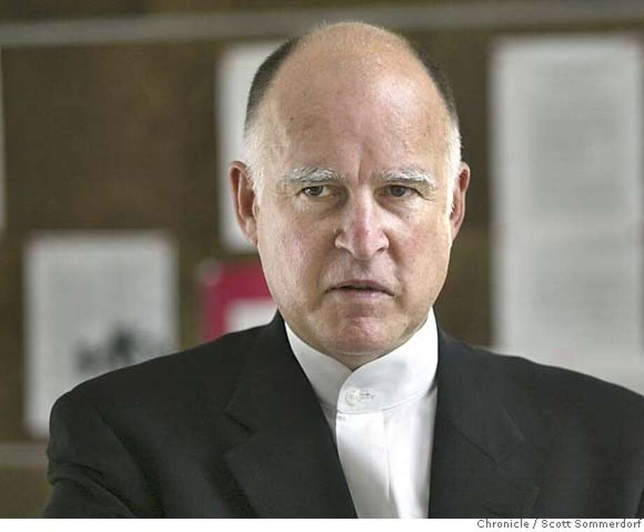 Oakland Mayor Jerry Brown on 5/21/03 in Oakland.  SCOTT SOMMERDORF / The Chronicle Photo: SCOTT SOMMERDORF
