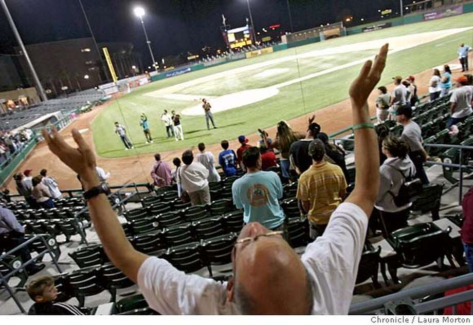 "nevius23_16208_lkm.jpg After Saturday night's Stockton Ports game, which was designated ""faith night,"" the Christian group GB5 gave a short concert. Laura Morton/The Chronicle MANDATORY CREDIT FOR PHOTOGRAPHER AND SAN FRANCISCO CHRONICLE/ -MAGS OUT Photo: Laura Morton"
