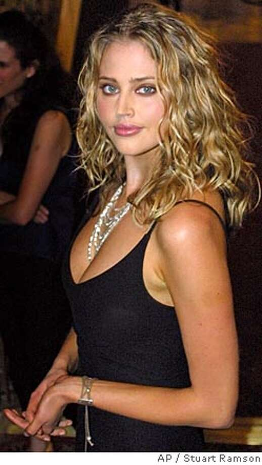 "Estella Warren at the screening of ""Planet of the Apes,"" on July, 23, 2001 in New York.  Photo: STUART RAMSON"