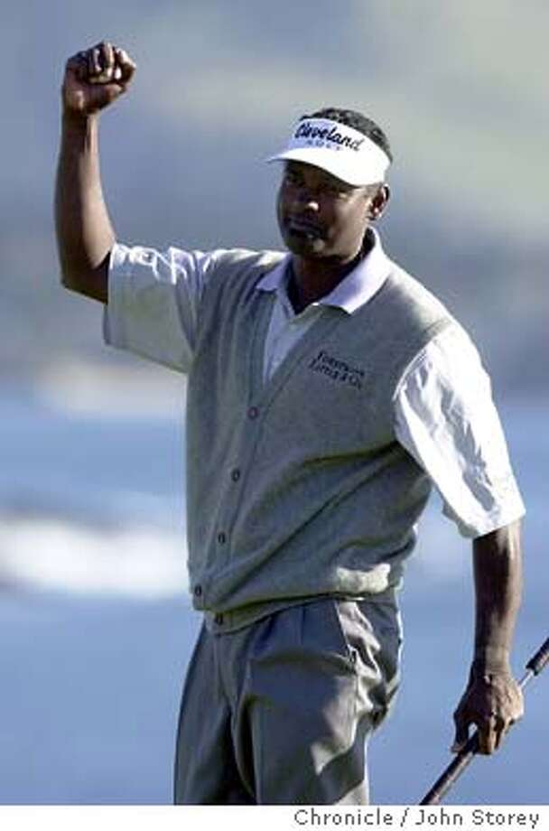 Vijay Singh pumps his fist in the air on the 18th green after winning the tournament.  The final round of the AT&T golf tournament in Pebble Beach. John Storey/The Chronicle Photo: John Storey