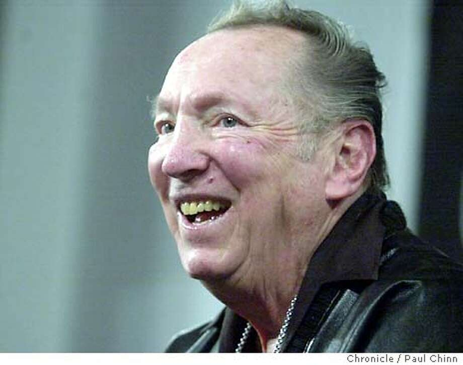 davis_078_pc.JPG Al Davis made a promise to the Raider Nation that the team will return to excellence. The Raiders' Al Davis held a rare news conference at the team's headquarters in Alameda on 1/21/04. PAUL CHINN / The Chronicle ProductName	Chronicle Photo: PAUL CHINN