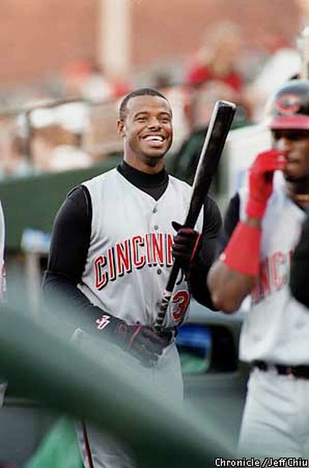 GRIFFEY-C-12JUN00-SP-JC-- Ken Griffey Jr. before the Reds game against the Giants on Monday night at Pac Bell Park. Photo by Jeff Chiu / The Chronicle