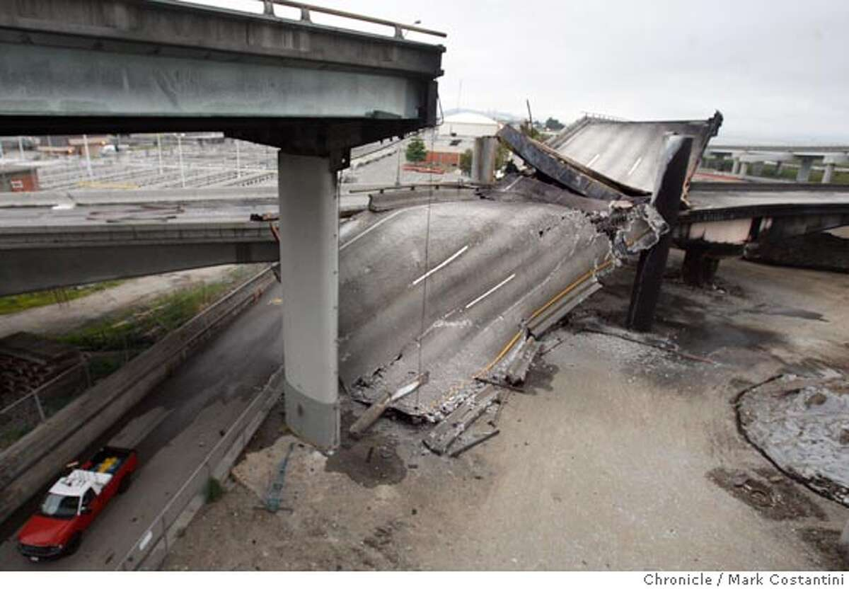 Freeway collapse at 580 at 24 interchange near Bay Bridge. PHOTO: Mark Costantini / The Chronicle