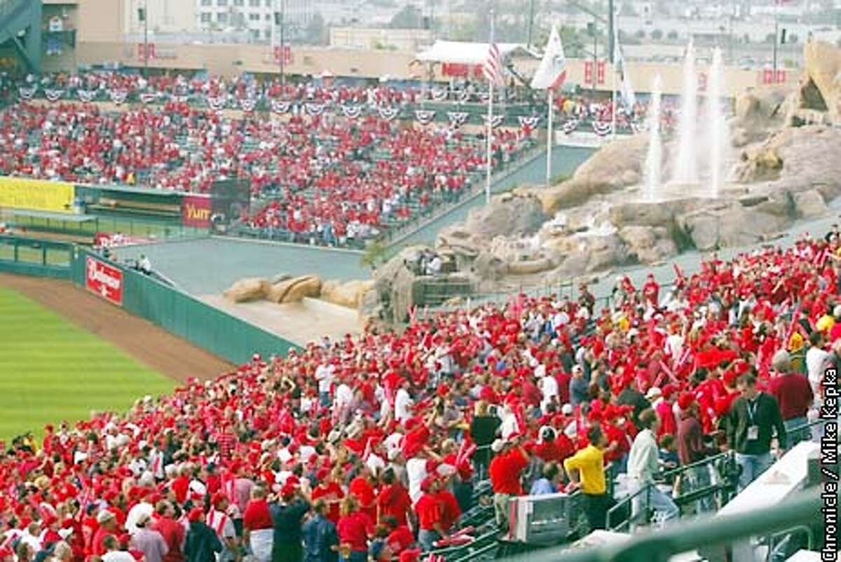 Rocks and fountains fill centerfield at Edison Field. The San Francisco Giants play the Anaheim Angels in Game 1 of the World Series at Edison Field in Anaheim, Ca. October 19, 2002. Mike Kepka/San Francisco Chronicle