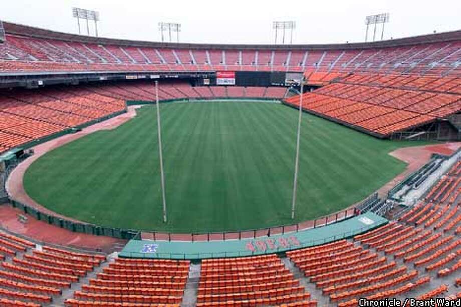 3Com Park could revert to its original name, Candlestick Park, if San Francisco doesn't sell the naming rights to another firm. Chronicle photo by Brant Ward