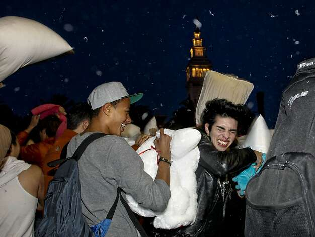 Seventh Annual Valentine's Day Pillow Fight - SFGate