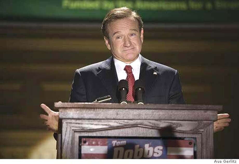 Comedian-turned-candidate Tom Dobbs (ROBIN WILLIAMS) speaks to a star-struck public in the comic tale of an entertainer?s accidental rise to power, ?Man of the Year?. ?Man of the Year? will be released on October 13, 2006. Photo: Photo Credit: Ava Gerlitz / Univ