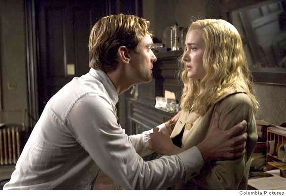 AKM-14 [DF-12061] - Jude Law (l) and Kate Winslet star in Columbia Pictures� drama All the King�s Men.