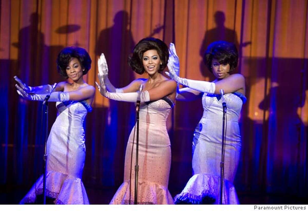 """Anika Noni Rose (left), Beyonc� Knowles and Jennifer Hudson (right) star as the girl group the Dreams in the movie based on the Broadway hit """"Dreamgirls."""" / Paramount Pictures"""