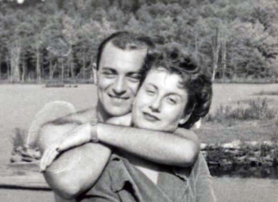 Mike and Mina Block on their honeymoon, 1947 Photo: Ho