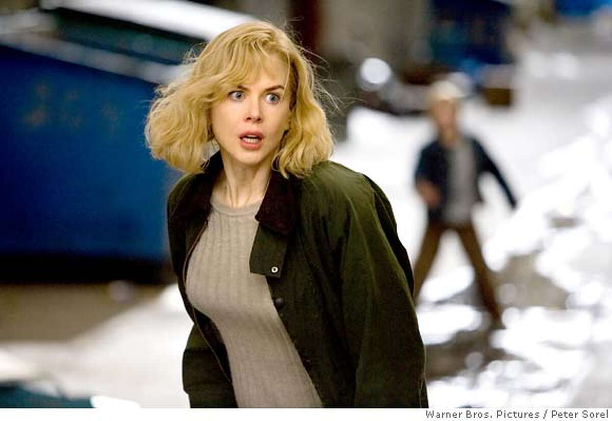 NICOLE KIDMAN stars as Carol in Warner Bros. Pictures� and Village Roadshow Pictures� suspense thriller �The Invasion,� distributed by Warner Bros. Pictures. The film also stars Daniel Craig. PHOTOGRAPHS TO BE USED SOLELY FOR ADVERTISING, PROMOTION, PUBLICITY OR REVIEWS OF THIS SPECIFIC MOTION PICTURE AND TO REMAIN THE PROPERTY OF THE STUDIO. NOT FOR SALE OR REDISTRIBUTION. Ran on: 08-12-2007