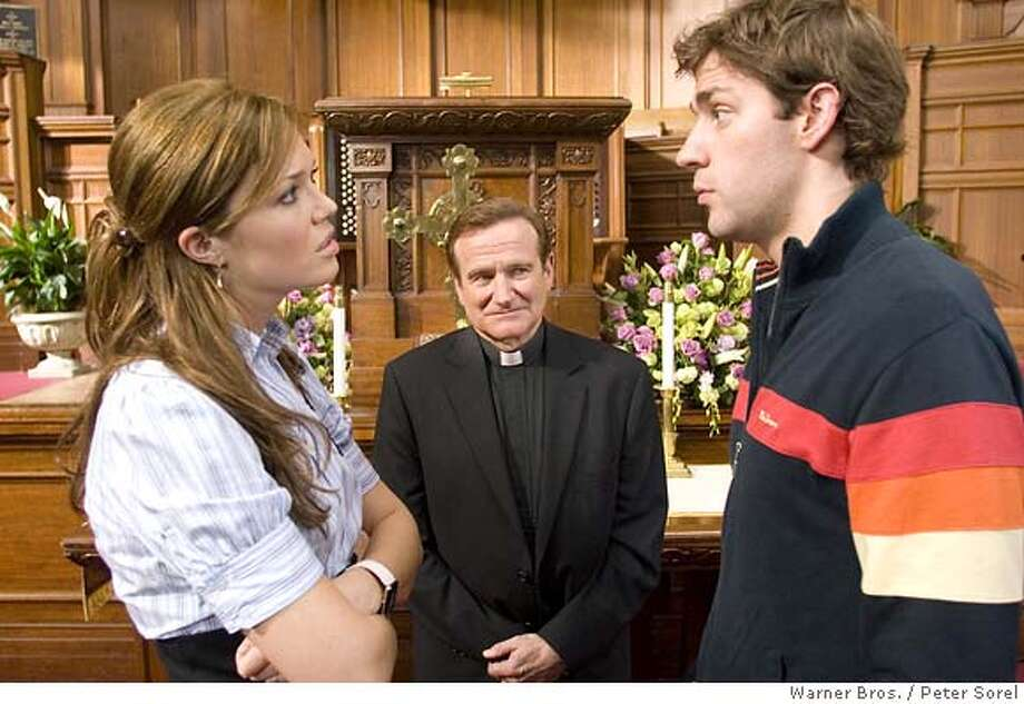 "� This photo provided by Warner Bros. shows (left to right) Mandy Moore, Robin Williams and John Krasinski in ""License to Wed. (AP Photo/Warner Bros./Peter Sorel) NO SALES. NO MAGS. Photo: Peter Sorel"