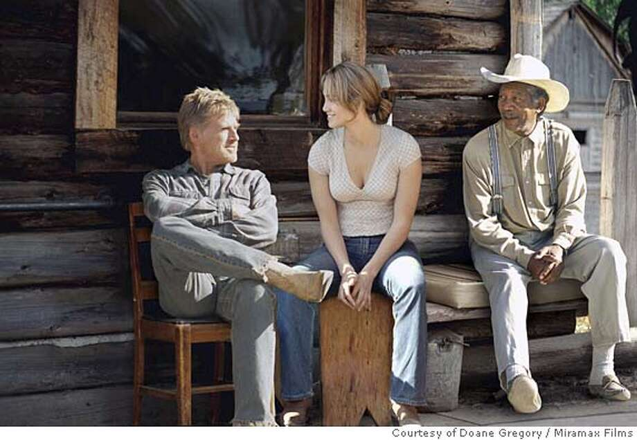 UNFINISHED09 Robert Redford, Jennifer Lopez and Morgan Freeman in Lasse Hallstrom's AN UNFINISHED LIFE. Photo courtesy of Doane Gregory. Miramax Films Photo: Doane Gregory