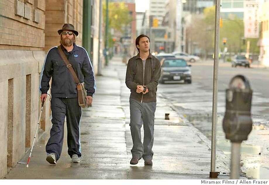 Jeff Daniels as Lewis and Joseph Gordon Levitt as Chris in THE LOOKOUT. Photo Credit Allen Fraser/ Courtesy of Miramax Films. Photo: Allen Fraser